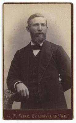 cdv of unknown man from gw wise studio of evansville wisconsin
